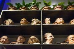 L'ensemble d'appui verticaux et de masques de Harry Potter Movies Images stock