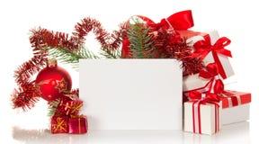 L'ensemble de boîte-cadeau et s'embranchent un sapin Photos stock