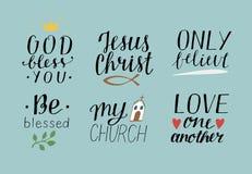 L'ensemble de 6 citations chrétiennes de lettrage de main avec Dieu de symboles vous bénissent Jesus Christ Only croient Soyez bé Photos stock