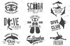 L'ensemble de club de plongée à l'air et l'école de plongée conçoivent Images stock