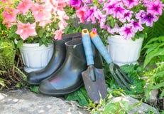 L'ensemble de jardinier images libres de droits