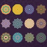 L'ensemble de kaléidoscope géométrique rond du mandala douze ornemente des éléments de cercles Photo libre de droits