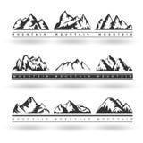 L'ensemble de montagnes tirées par la main silhouettent des icônes pour le DES de logo Photos libres de droits
