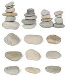 L'ensemble de pierres de pile de la rivière sont isolés dessus Image libre de droits