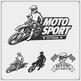 L'ensemble de sport automobile silhouette, des labels et des emblèmes Cavaliers de motocross photo stock