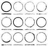 L'ensemble de vecteur de cadres ronds forme et texture désordonnées a fait le grunge Photo stock