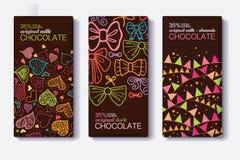 L'ensemble de vecteur de designs d'emballage de barre de chocolat avec des coeurs de décor de partie d'amusement, arcs, marque de Image libre de droits