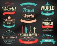 L'ensemble de voyage de vintage badges et des labels Icônes d'éléments de vacances Voyage et tourisme Vecteur Images stock