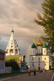 L'ensemble du bâtiment de la place de cathédrale dans Kolomna Kremlin Kolomna Russie photo stock