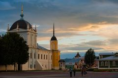 L'ensemble du bâtiment de la place de cathédrale dans Kolomna Kremlin Kolomna Russie image stock