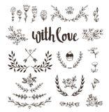 L'ensemble a isolé les éléments tirés par la main de conception avec le lettrage élégant avec amour Le mariage, mariage, font gag Images stock