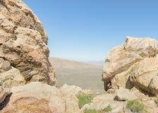 L'entaille, traînée de crête de Teutonia, conserve nationale de Mojave, CA images stock