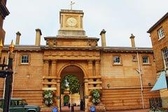 L'entrée royale Londres de Mews Buckingham Palace images stock