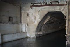 L'entrata al bunker fotografie stock libere da diritti