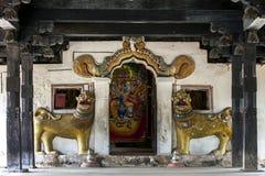 L'entrata al santuario principale a Embekke Devale nello Sri Lanka Fotografia Stock Libera da Diritti