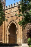 L'entrata alla città romana antica di Chellah che è situato a sud di Rabat nel Marocco immagini stock