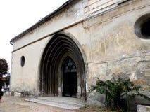 L'entrata in Bartolomeu ha fortificato la chiesa, Saxon, Romania, Transilvania Immagini Stock Libere da Diritti
