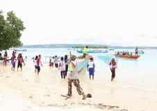 L'entrata del vangelo nell'isola della Papuasia Fotografia Stock
