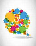 L'entretien dans la parole de couleurs bouillonne des medias sociaux Images stock