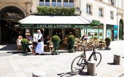 L'epoca d'annata di de Belle del caffè, Parigi, Francia Fotografia Stock