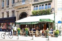 L'epoca d'annata di de Belle del caffè, Parigi, Francia Fotografia Stock Libera da Diritti