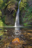 L'equiseto cade nella gola del fiume Columbia Fotografie Stock Libere da Diritti
