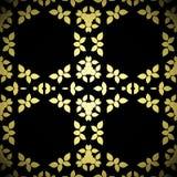 L'esagono senza cuciture con l'estratto lascia dorato giallo beige sul nero Fotografia Stock