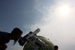 L'esame del pianeta guasta Fotografia Stock