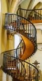 L'escalier de flottement dans la chapelle de Loretto en Santa Fe, Nouveau Mexique images stock