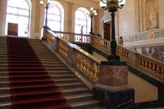 L'escalier principal du château de Mikhailovsky St Petersburg images libres de droits