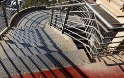 L'escalier se compose d'un certain nombre d'étapes Photographie stock libre de droits