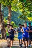 L'esercizio corrente della gente per salute nel parco di BangYai, non immagini stock