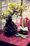 L'espace d'étude près de la fenêtre dans le printemps Image stock