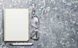 L'espace de travail créatif de l'auteur inspire pour créer Images libres de droits