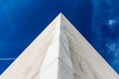 L'espace faisant le coin Abst de Perpsective Washington Monument Blue Sky Empty photo libre de droits
