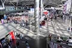 L'espace interne de l'aéroport international Vnukovo Moscou - juillet 2017 Image stock