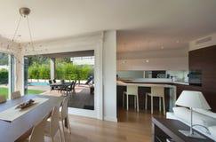 L'espace ouvert de la maison de luxe Photos libres de droits