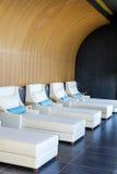 L'espace piscine de lieu de villégiature luxueux de station thermale Images libres de droits