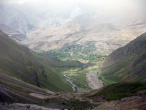 L'espace vert autour de Muktinath pendant la mousson Photographie stock