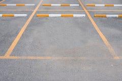 L'espace vide au parking extérieur de voiture Photographie stock
