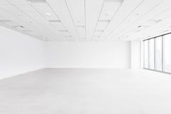L'espace vide blanc avec le plafond et le plancher Images stock