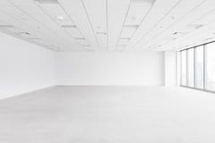 L'espace vide blanc avec le plafond et le plancher Photos libres de droits