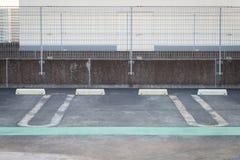 L'espace vide dans un parking de voiture Photo stock