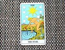 L'espoir de carte de tarot d'étoile, bonheur, occasions, optimisme, renouvellement, spiritualité Images stock