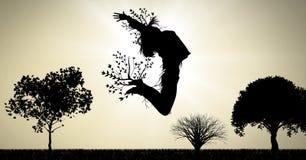 L'espressione di salto surreale della donna con i rami di albero si è collegata alla natura illustrazione di stock