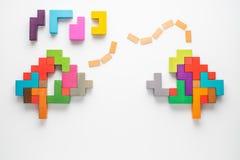 L'esprit humain est fait de blocs en bois multicolores Concept créatif médical ou d'affaires photographie stock libre de droits