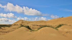 L'estate si rannuvola il Rubjerg Knude Alta duna di sabbia all'ovest Immagini Stock