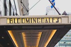L'esterno del grande magazzino del ` s di Bloomingdale in Manhattan, sopra fotografie stock libere da diritti