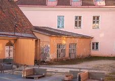L'Estonia Tallinn Toompea, vecchia costruzione della città immagine stock