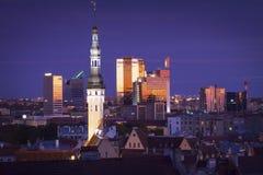 l'Estonie : Heure bleue à Tallinn Photo libre de droits